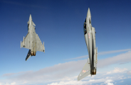 2016-02-12_fighter_jet
