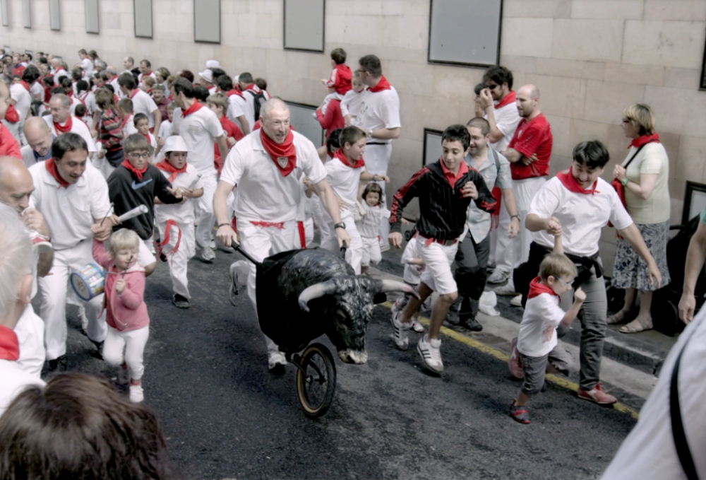 Running-of-the-bulls-with-families-e1383905752599-1024x695